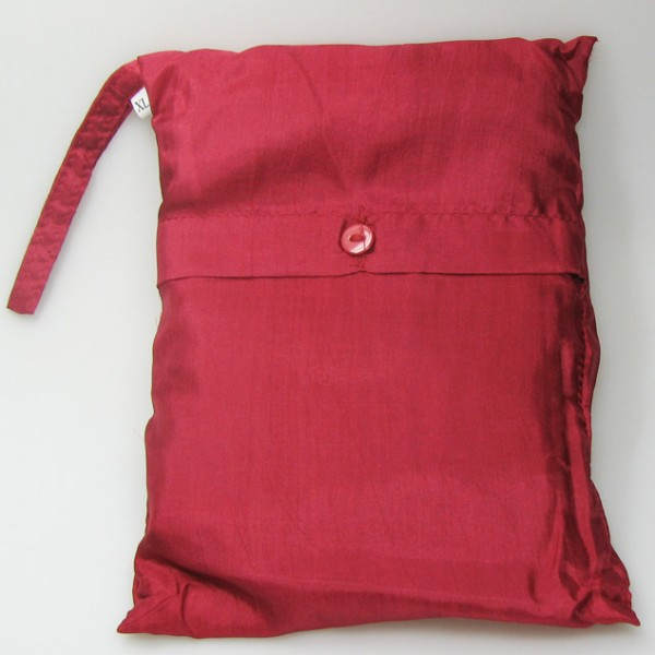 Seidenschlafsack zum Reisen in rot 110x250 cm mit Kopfteil